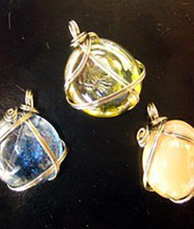 Цветни стъклени камъни 18 mm Асорте