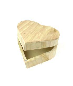 Дървена кутия за декорация  11 x 11 x 6 mm