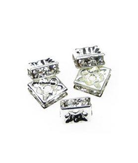 Метален квадрат с кристали за декорация 8 mm